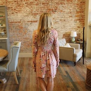 Infinity Raine Dresses - Pink floral long sleeve dress with cross detailing